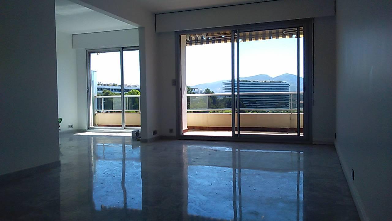 Immobilier la cadenelle marseille 13008 vente maison et for Marseille appartement